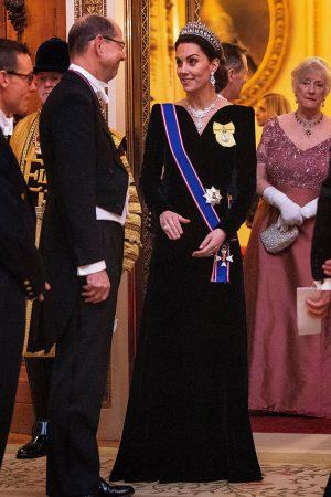 catherine-duchess-of-cambridge-in-alexander-mcqueen-the-diplomatic-reception