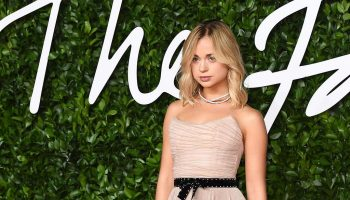 lady-amelia-windsor-in-philosophy-di-lorenzo-serafini-2019-british-fashion-awards