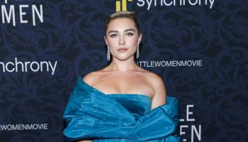 florence-pugh-in-valentino-couture-little-women-world-premiere-in-new-york