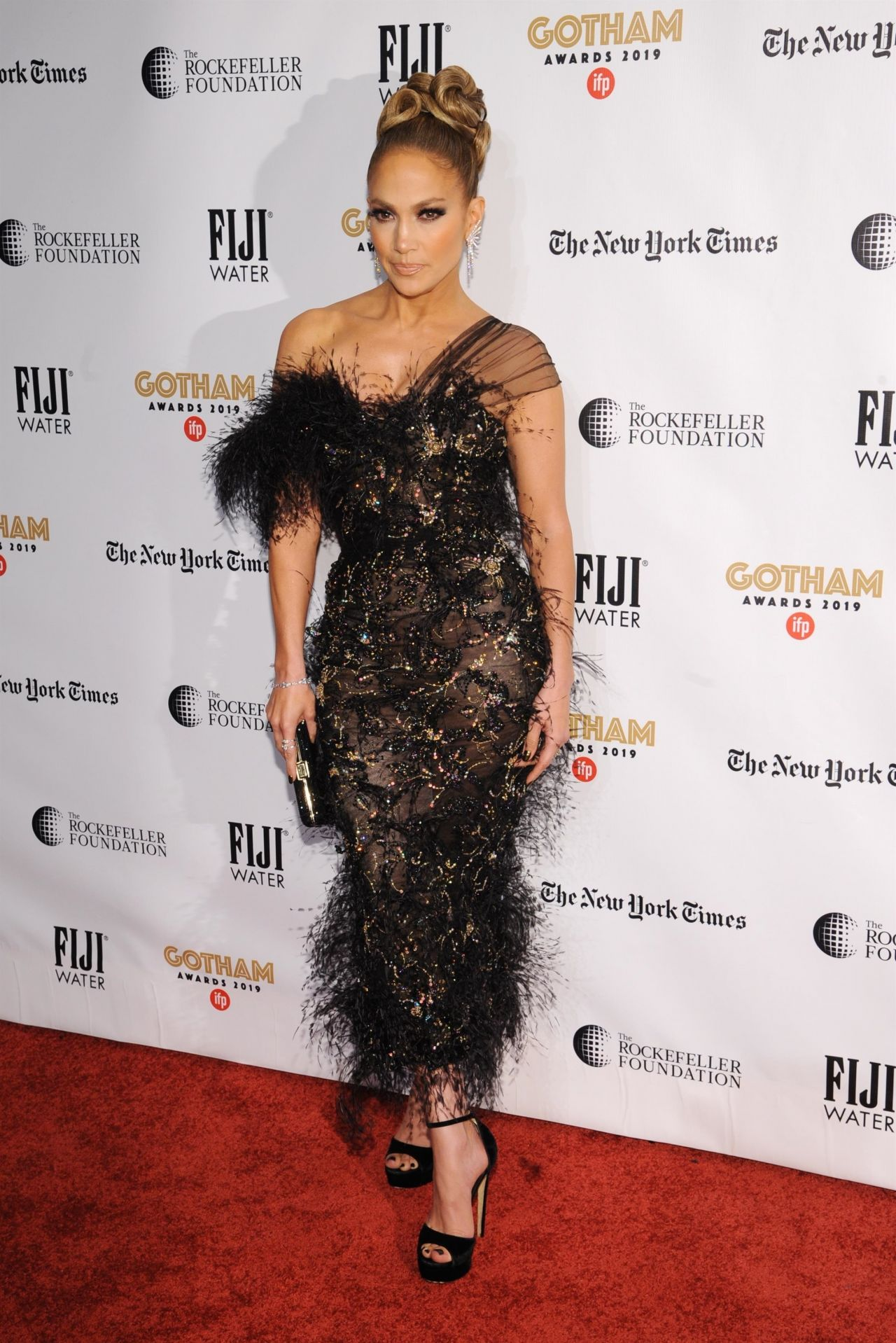 jennifer-lopez-in-ralph-russo-2019-ifp-gotham-independent-film-awards