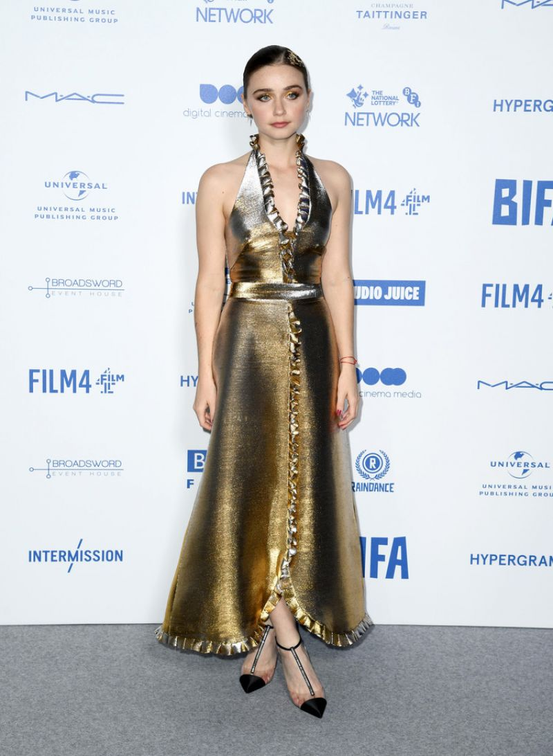 jessica-barden-in-temperley-london-2019-british-independent-film-awards