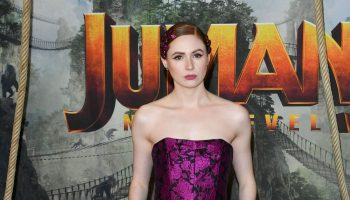 karen-gillan-in-erdem-the-jumanji-next-level-paris-premiere