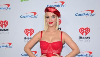 katy-perry-in-dolce-gabbana-2019-jingle-ball-in-los-angeles