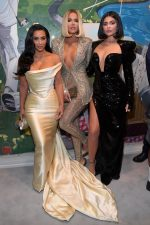 Kim Kardashian, Khloe Kardashian & Kylie Jenner @ Sean Combs 50th Birthday Bash