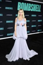 Margot Robbie In  Giambattista Valli Haute Couture @ The 'Bombshell' LA Screening