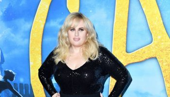 rebel-wilson-in-eloquii-gown-cats-world-premiere-in-new-york