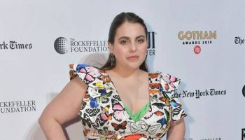 beanie-feldstein-in-mary-katrantzou-2019-gotham-awards