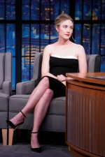 Saoirse Ronan In  Haney  @ Late Night With Seth Meyers