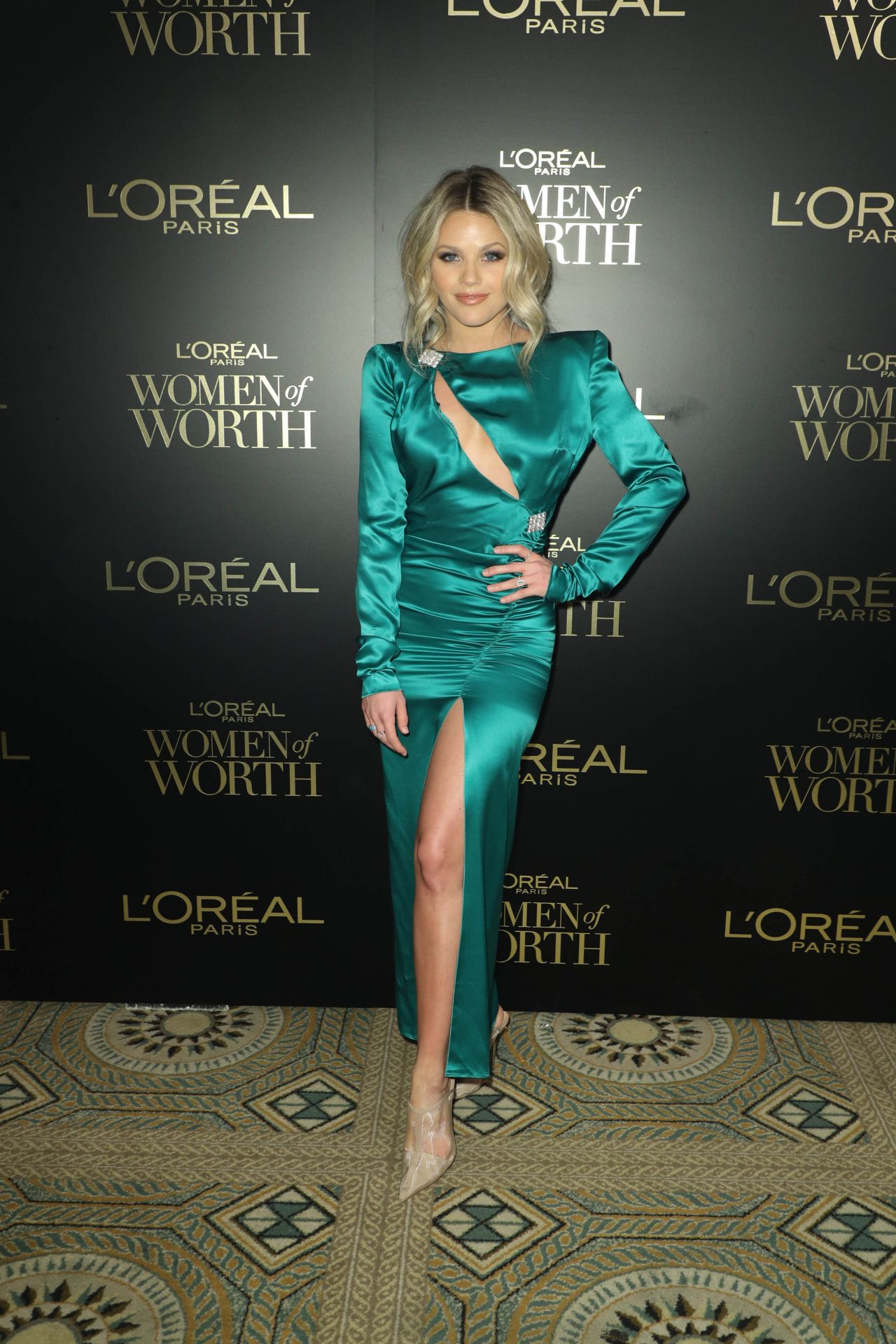 witney-carson-attends-2019-loreal-paris-women-of-worth-awards