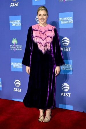 greta-gerwig-in-gucci-2020-palm-springs-international-film-festival-film-awards-gala