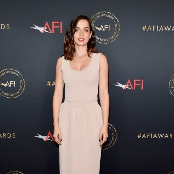ana-de-armas-in-schiaparelli-2020-afi-awards