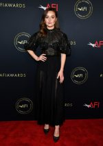 Kaitlyn Dever In J. Mendel @ 2020 AFI Awards