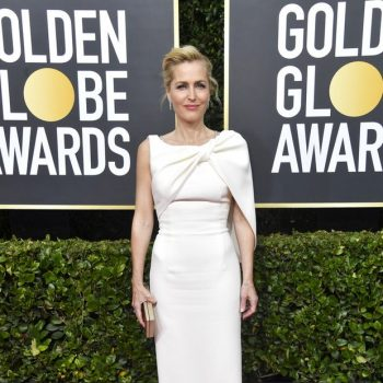 gillian-anderson-in-safiyaa-2020-golden-globe-awards