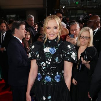 toni-collette-in-erdem-2020-golden-globe-awards