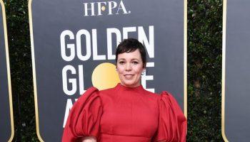 olivia-colman-in-emilia-wickstead-2020-golden-globe-awards