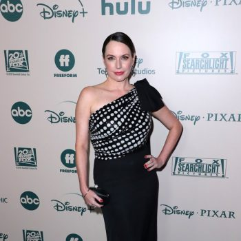 julie-ann-emery-in-tadashi-shoji-walt-disney-companys-2020-golden-globe-awards-after-party