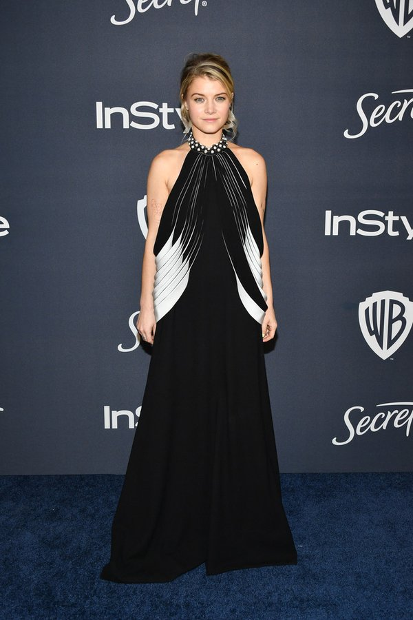 sarah-jones-in-mario-dice-2020-instyle-and-warner-bros-golden-globe-awards-after-party