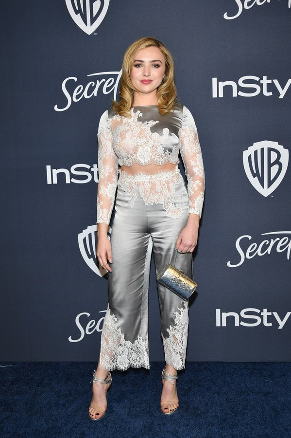 peyton-list-in-agent-provocateur-2020-instyle-and-warner-bros-golden-globe-awards-after-party