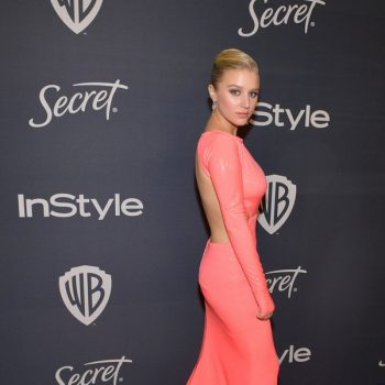 julia-schlaepfer-in-greta-constantine-2020-instyle-and-warner-bros-golden-globe-awards-after-party