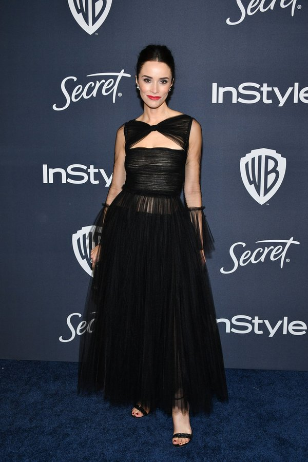 abigail-spencer-in-khaite-2020-instyle-and-warner-bros-golden-globe-awards-after-party