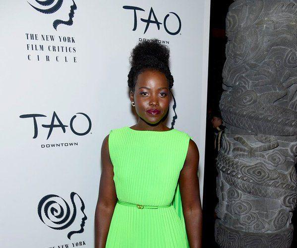 lupita-nyongo-in-valentino-2019-new-york-film-critics-circle-awards