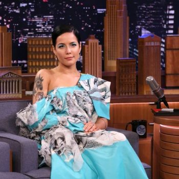 halsey-in-hanyu-cui-the-tonight-show-starring-jimmy-fallon