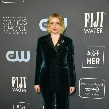 greta-gerwig-in-alberta-ferretti-limited-edition-2020-critics-choice-awards