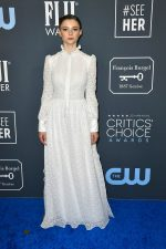 Thomasin McKenzie In Louis Vuitton @ 2020 Critics' Choice Awards