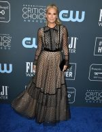 Molly Sims  In Teresa Helbig  @ 2020 Critics' Choice Awards