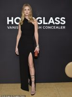 Rosie Huntington-Whiteley  Attends  Hourglass x Rosie Huntington-Whiteley Launch Event