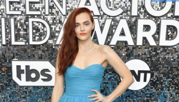madeline-brewer-in-monique-lhuillier-2020-sag-awards