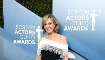 allison-janney-in-pamella-roland-2020-sag-awards