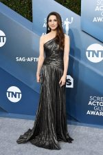 Marin Hinkle  In J Mendel  @ 2020 SAG Awards