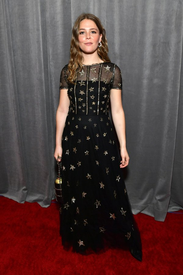 maggie-rogers-in-chanel-2020-grammy-awards