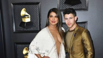 priyanka-chopra-in-ralph-russo-couture-2020-grammy-awards