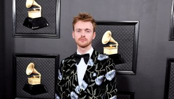 finneas-in-gucci-2020-grammy-awards