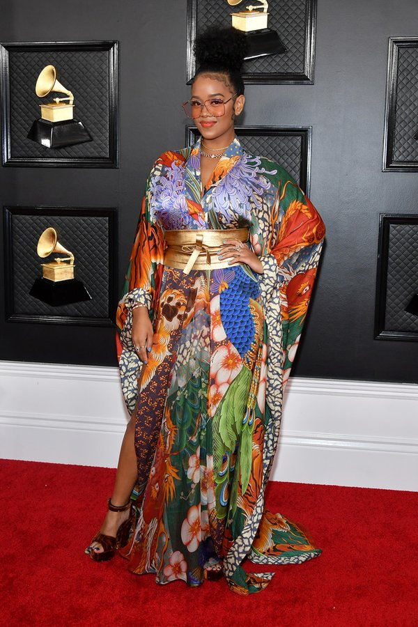 h-e-r-in-dsquared2-2020-grammy-awards