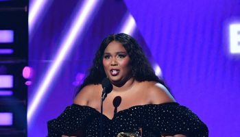 lizzo-in-christian-siriano-2020-grammy-awards