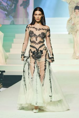 bella-hadid-on-the-runway-jean-paul-gualtier-haute-couture-spring-summer-2020-show