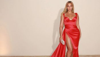 beyonce-knowles-in-valdrin-sahiti-grammy-salute-to-industry-icons-honoring-sean-diddy-combs