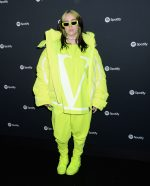 Billie Eilish  In  Neon   Outfit @ Spotify Best New Artist 2020 Party in LA