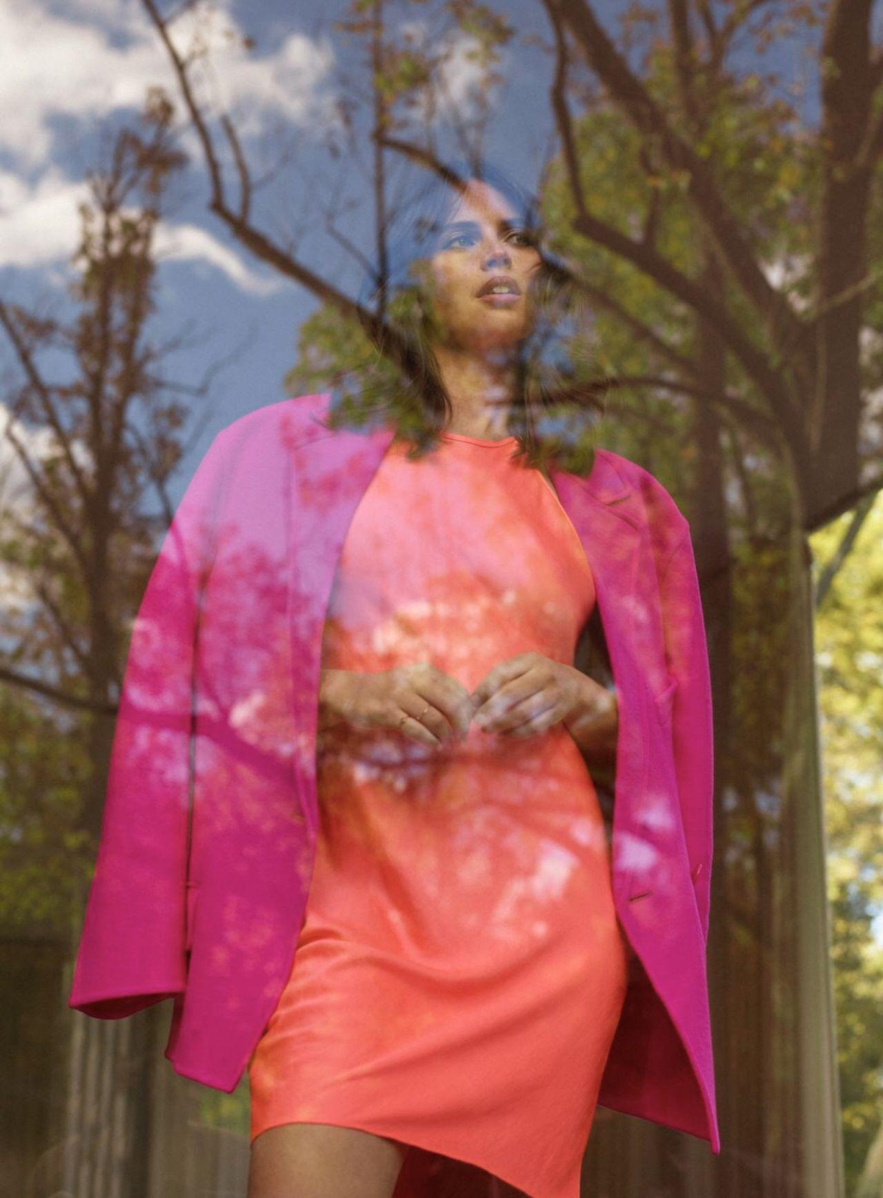 felicity-jones-covers-shape-magazine-us-january-february-2020-photos