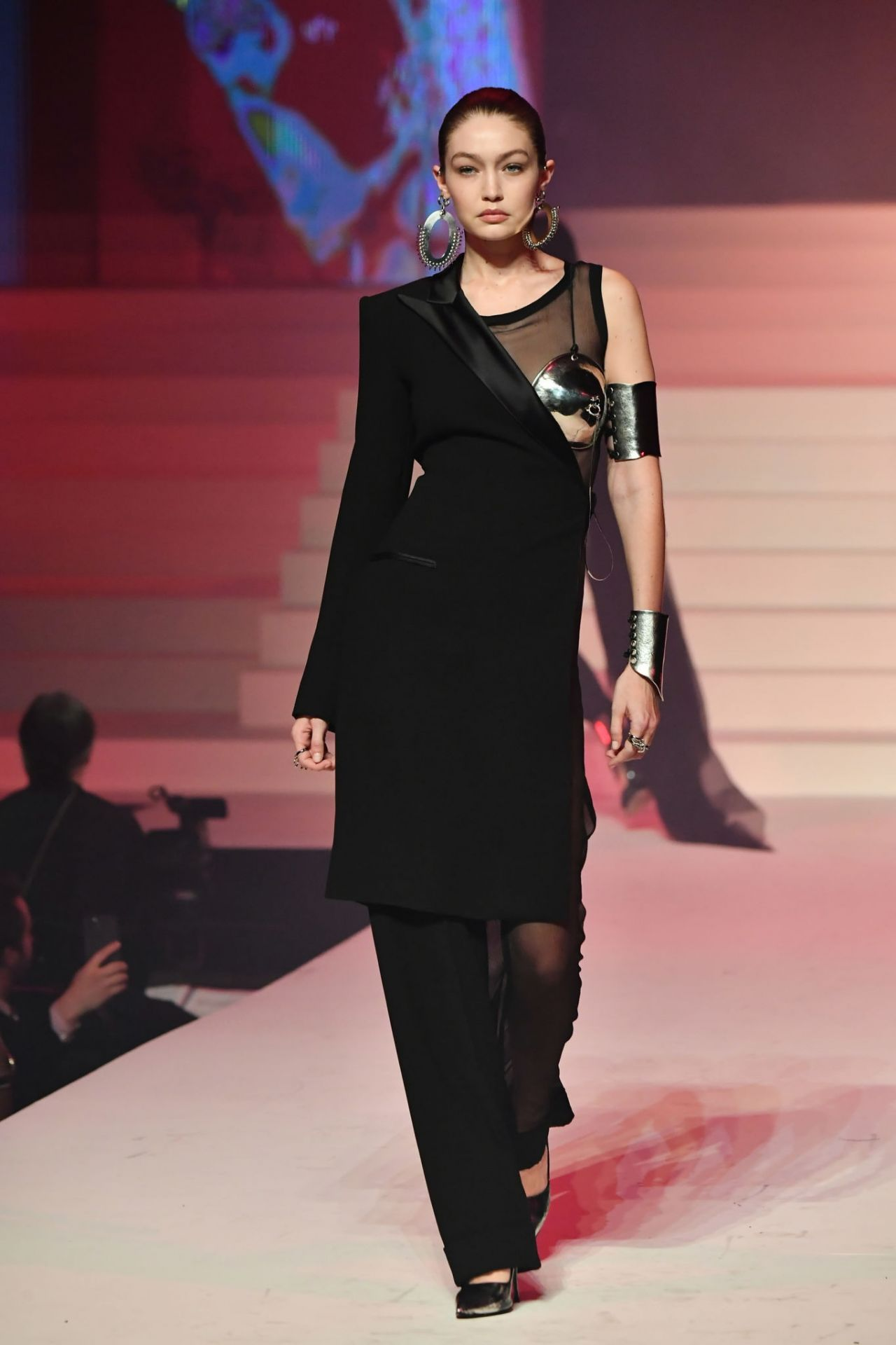 gigi-hadid-walks-jean-paul-gualtier-haute-couture-show-at-paris-fashion-week