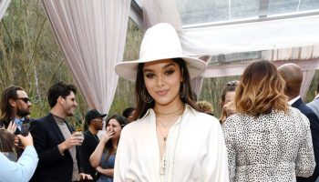 hailee-steinfeld-in-white-outfit-2020-roc-nation-the-brunch-in-la