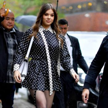 hailee-steinfeld-in-valentino-build-series-in-new-york