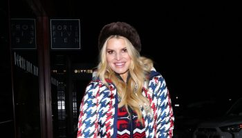 jjessica-simpson-in-perfect-moment-jacket-shopping-in-aspen
