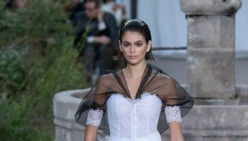 kaia-gerber-walking-chanel-haute-couture-spring-summer-2020-show-in-paris