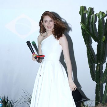 karen-gillan-in-alex-perry-jumanji-the-next-level-photocall-in-sao-paulo