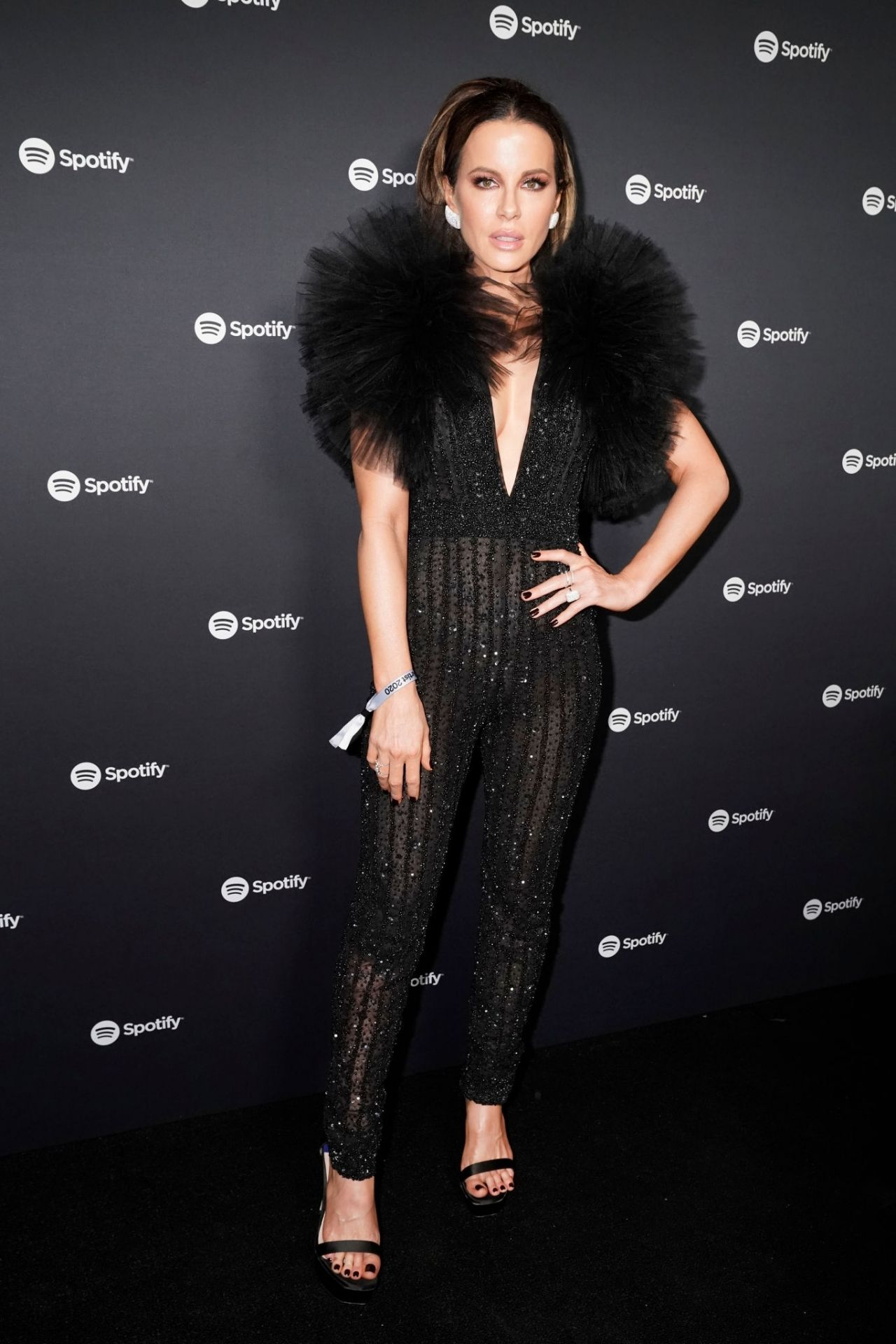 kate-beckinsale-in-jumpsuit-spotify-best-new-artist-2020-party-in-la
