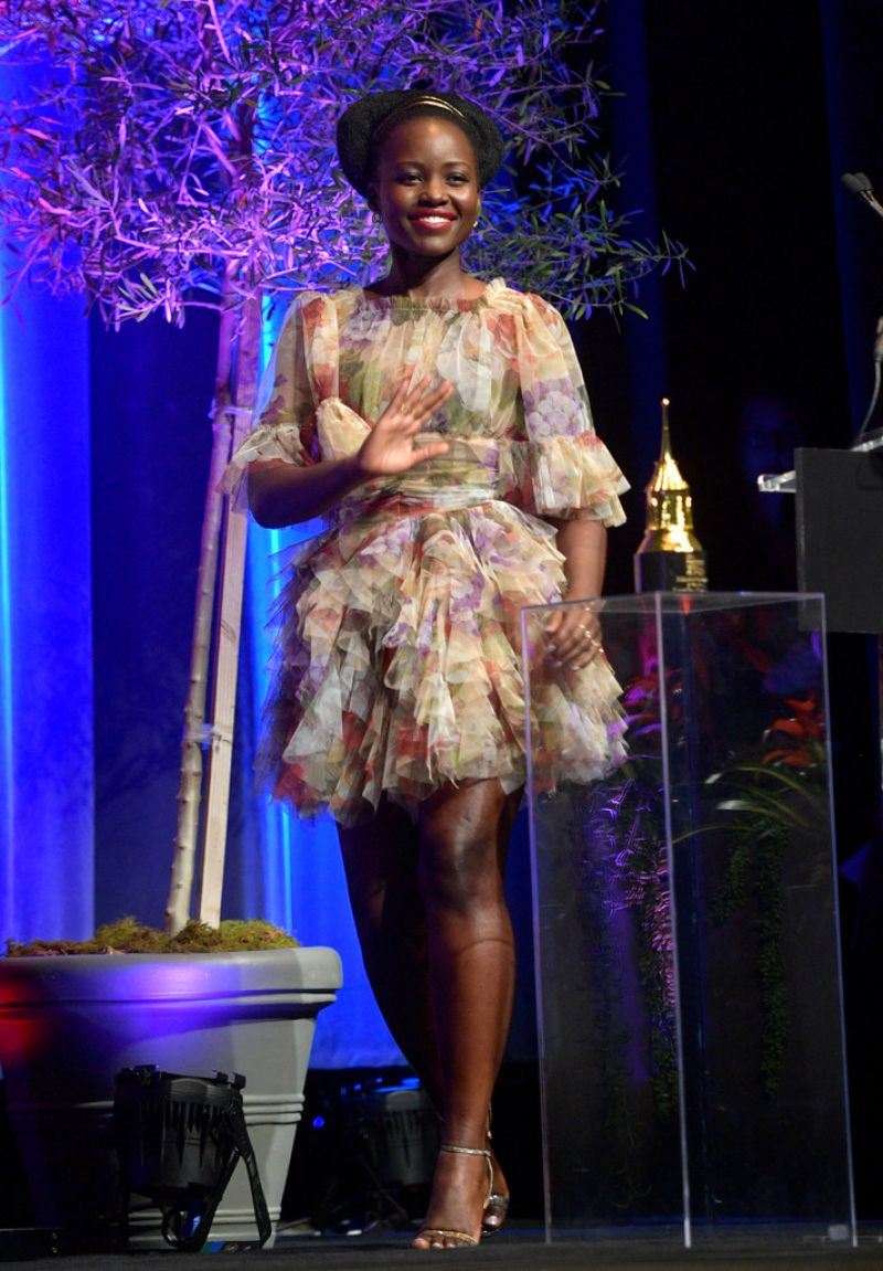 lupita-nyongo-in-dolce-gabbana-santa-barbara-international-film-festival-2020